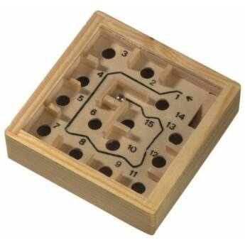 Fa labirintus játék
